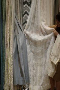 素材で選ぶカーテン